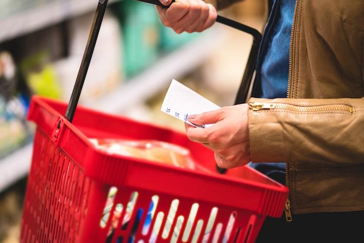 """Потребители с низким доходом хотят покупать """"здоровые"""" продукты"""